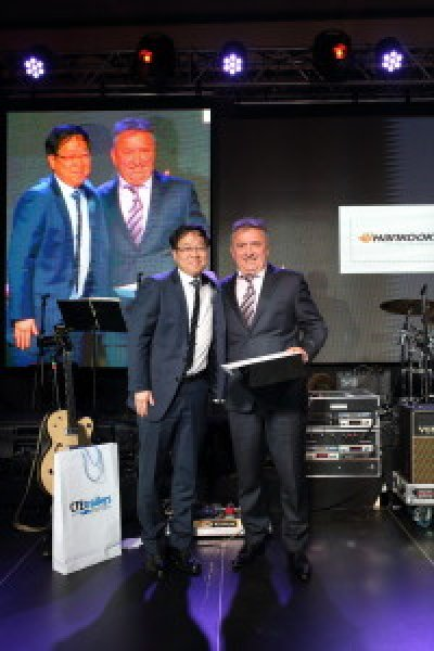 International Lazar Company a castigat concursul Romanian Transport Company of the Year 2016 - Hankook